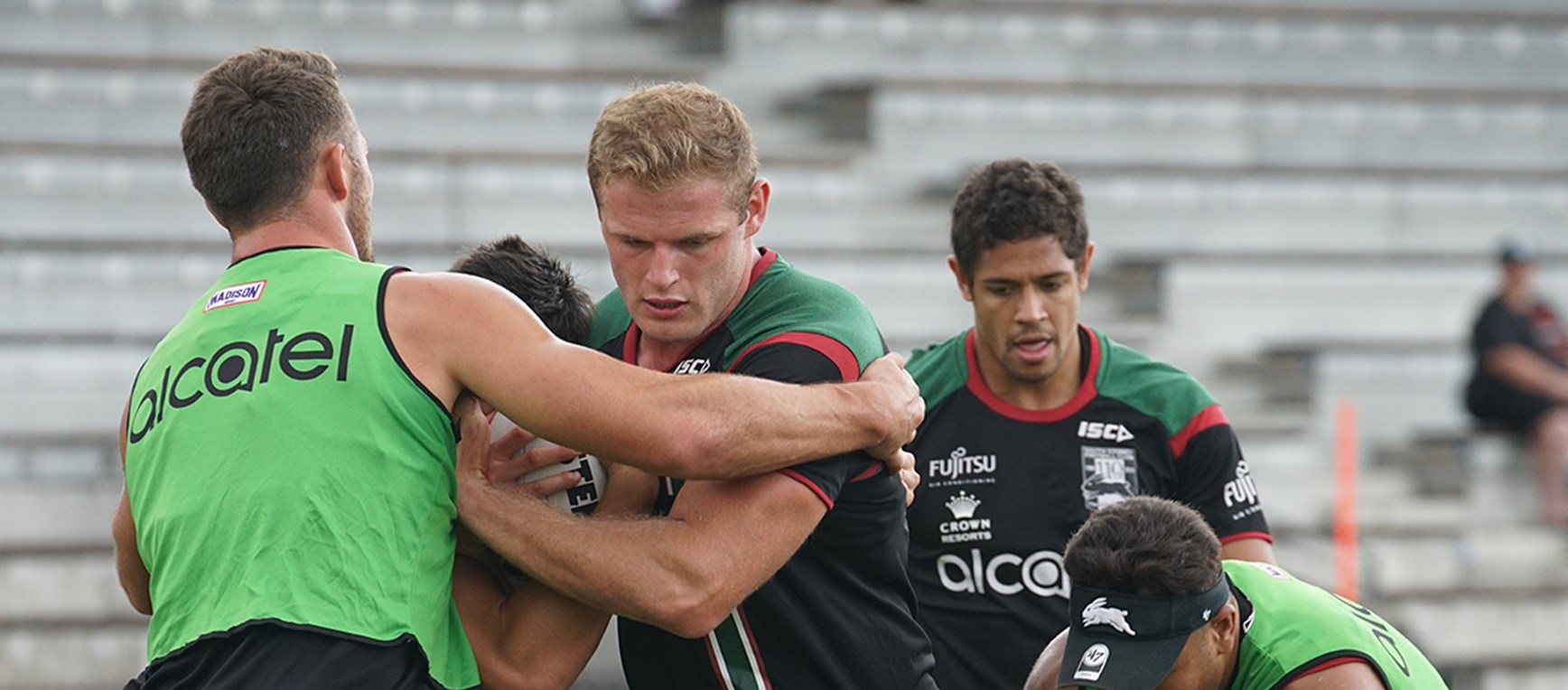 Gallery - Rabbitohs fire up for Roosters battle
