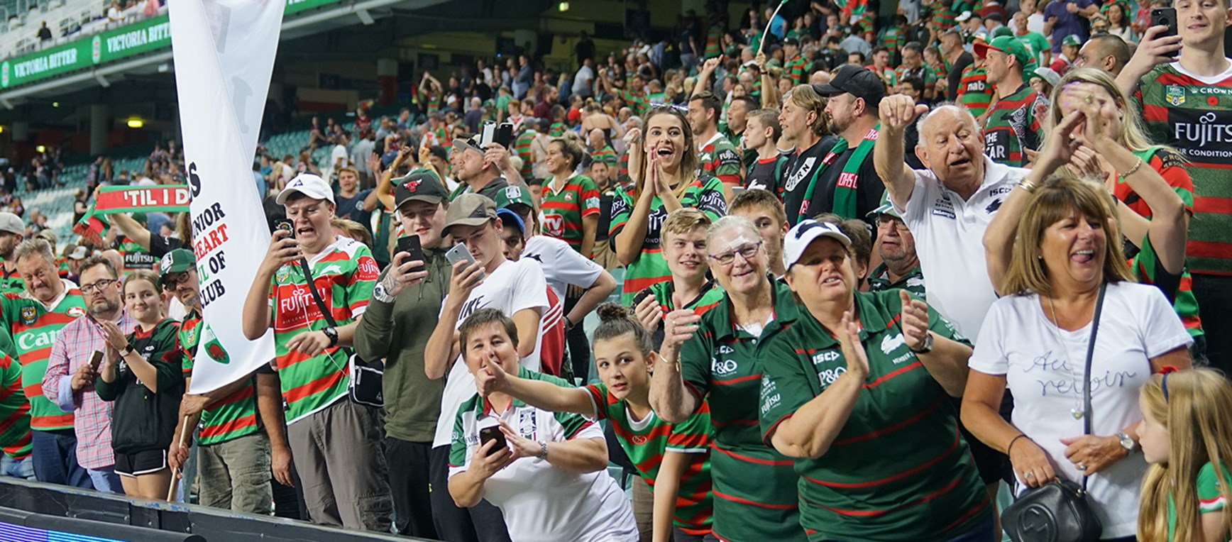Gallery - Red and Green army bring the boys home