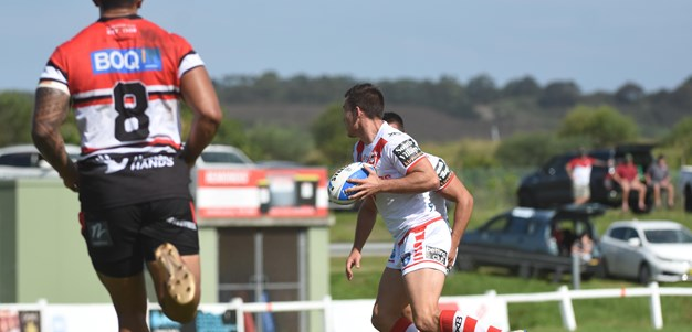 Match action - Dragons v Bears