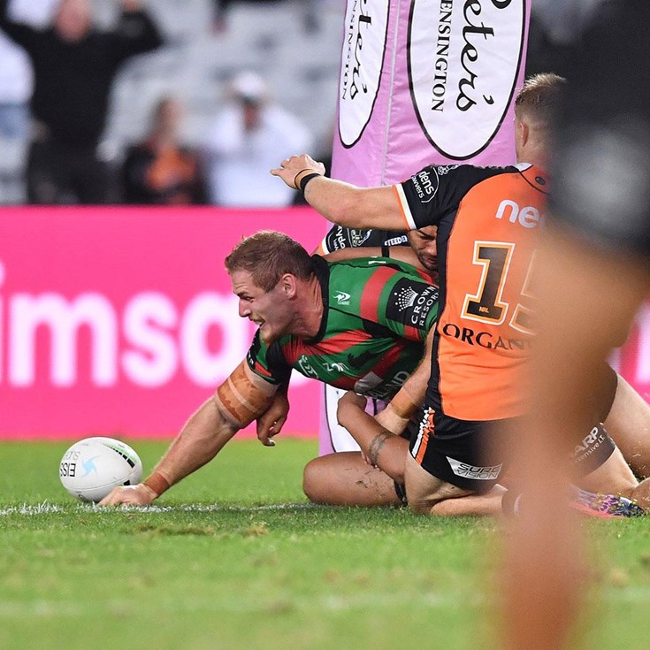 Re-live the final moments of Rabbitohs-Wests Tigers thriller