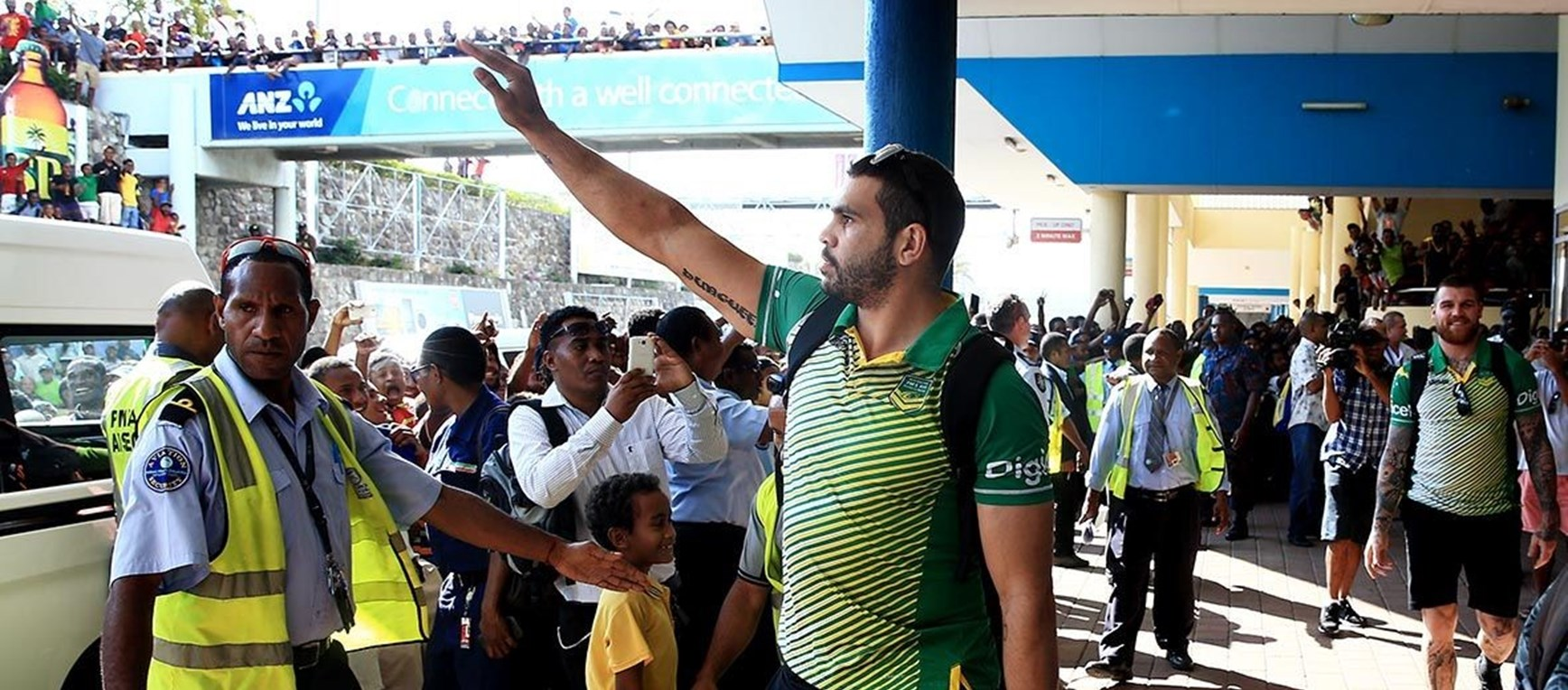 GALLERY: PM's XIII Arrival In PNG